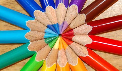 Infographic: Màu sắc và tỉ lệ chuyển đổi